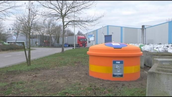 Grobbendonk plaatst containers tegen sluikstort in industrie