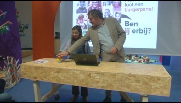 Kinderhand selecteert 5000 Mechelaars voor burgerpanel