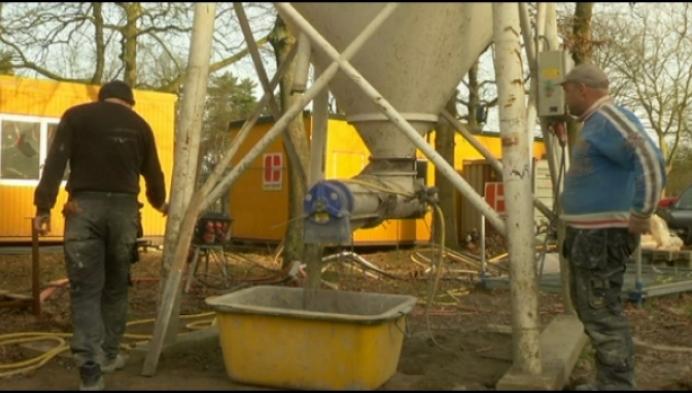 Vernieuwde woningen van atoomdorp te koop