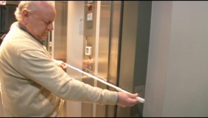 Turnhoutenaar vraagt wetgeving voor ruimere liften