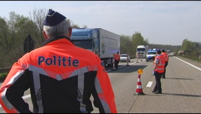 3 weken grenscontroles op E 34 en E 19: nog altijd overtredingen