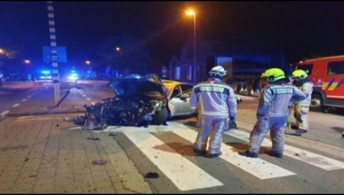 Man zwaargewond na crash in Oosterwijk