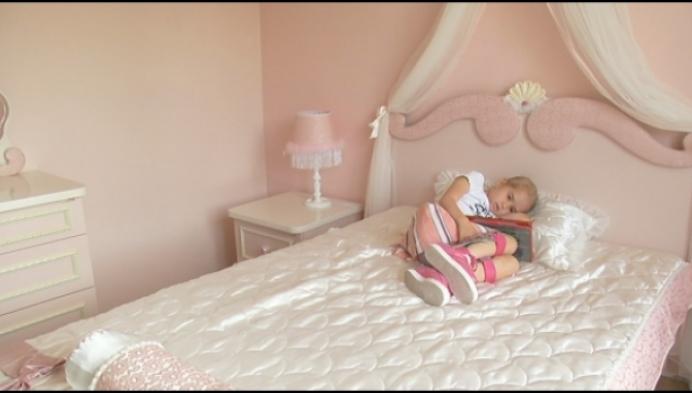 Zieke Febe ziet droom vervuld en krijgt haar prinsessenkamer