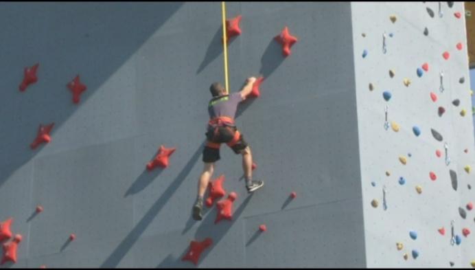 Eerste Olympische speedklimmuur van de Benelux staat in Breendonk