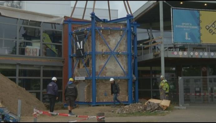 Ijskelder van 38 ton verplaatst naar Kloostertuin
