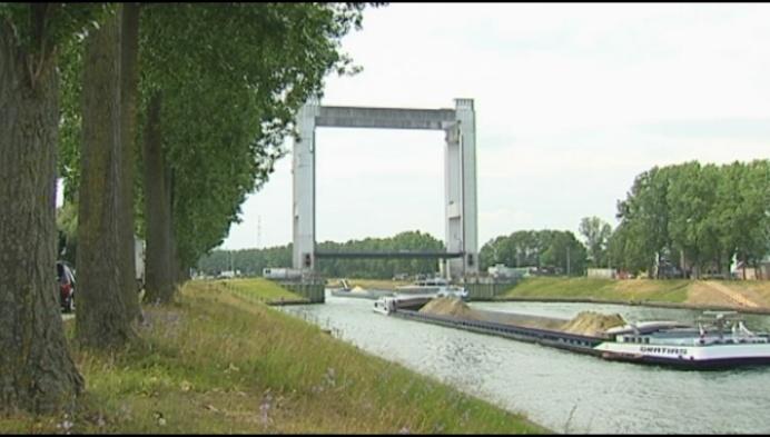 Brielenbrug hele zomer dicht: 2 maanden bootje varen