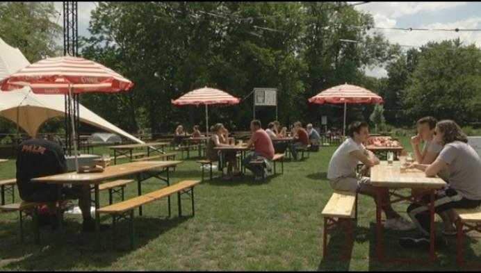 Eén groot terras voor 5 Lierse cafés op evenementenplein