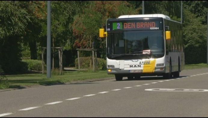 Bewoners Parwijk willen stadsbus 2 terug