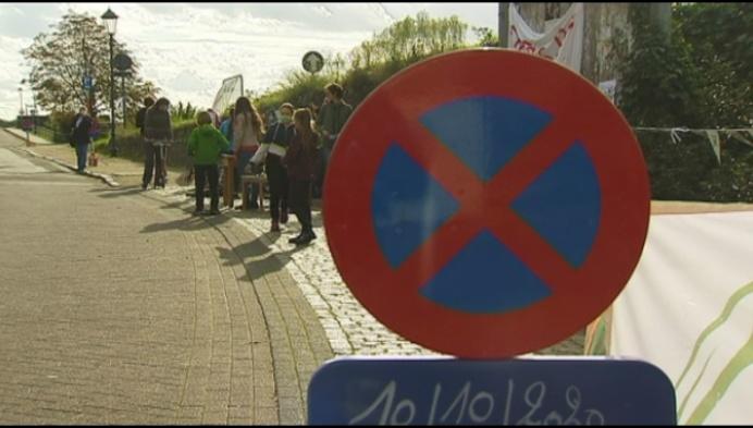 Duffelse jeugdbond vraagt fietsenrekken in Handelsstraat