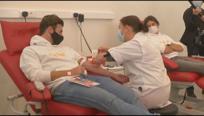 BV's doneren plasma voor onderzoek behandeling COVID-19
