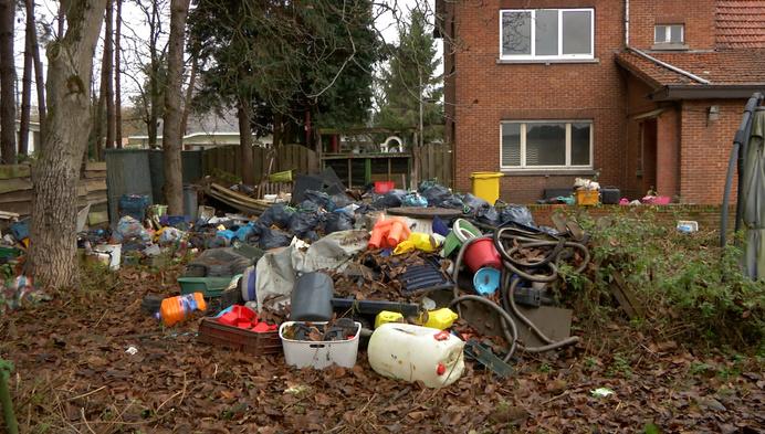 """Huurders reageren op stort: """"We willen het opruimen"""""""