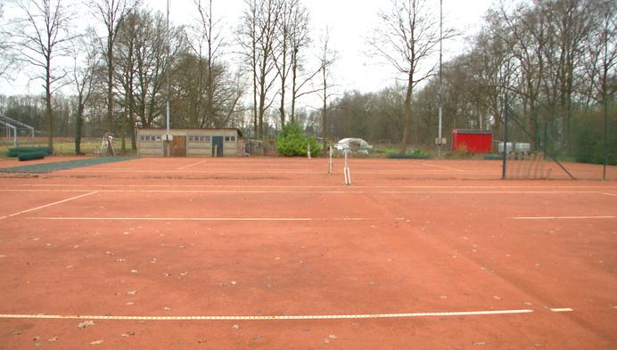 Weer of geen weer, altijd tennissen in Olen
