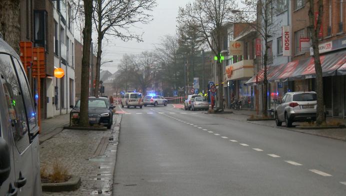 Verkeerschaos in Nijlen nadat vrachtwagen slagboom overweg stuk rijdt