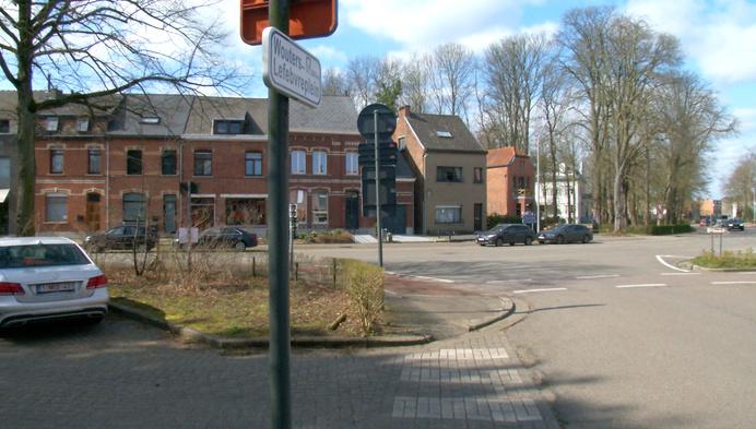 DLQ: Nieuwe rotonde in centrum Blaasveld verhit gemoederen