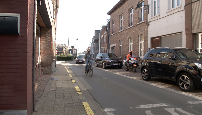 58 euro boete als je fietser voorbijsteekt in Bornem