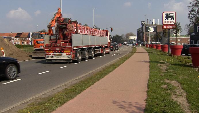 Verkeersknooppunten op Turnhoutse ring worden aangepakt