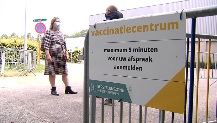 """Prescilla krijgt verkeerd vaccin:""""Let goed op voor ze prikken"""""""