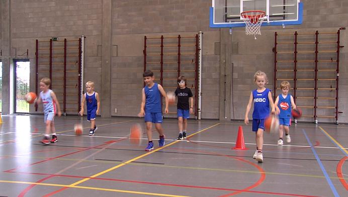 """Basketbalkamp in Herentals: """"Sport wordt steeds populairder"""""""