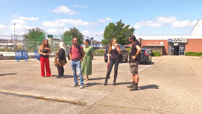Manifestatie in Mechelen tegen hulpverlening Rode Kruis