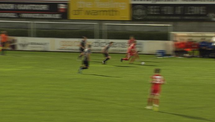Het Londerzeel van Stijn Geys komt winnen op Hoogstraten met 1-2.