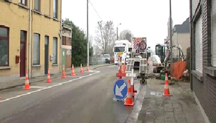 Grote Nieuwendijkstraat nog tot volgende week afgesloten