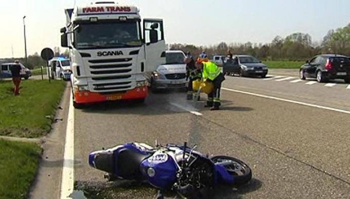 Motorrijder gewond na spectaculair ongeval op Molse Zuiderring